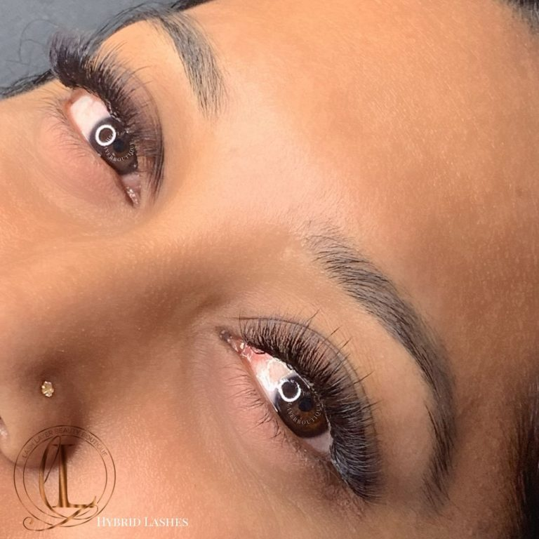 Hybrid Lashes on Brown Eyes