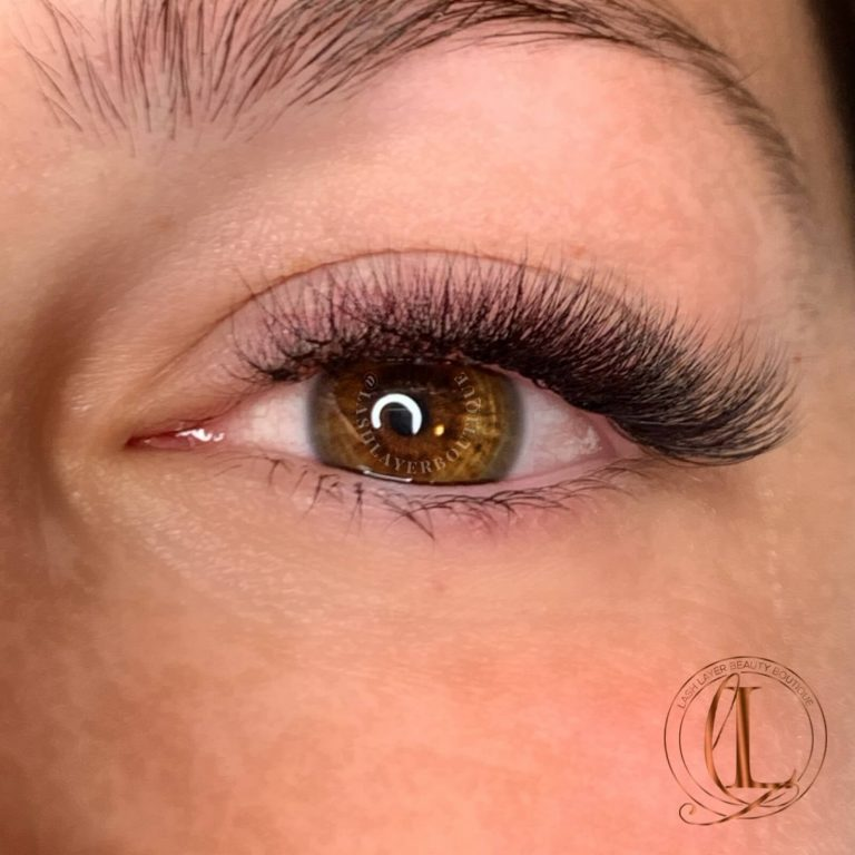 Short Volume Eyelash Extensions